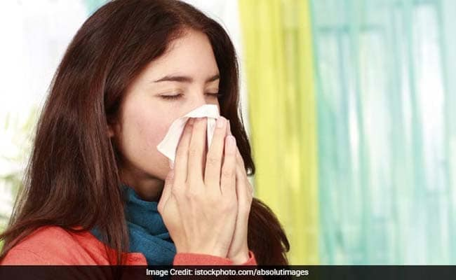 Sore Throat And Dry Cough: Know Possible Causes And Home Remedies